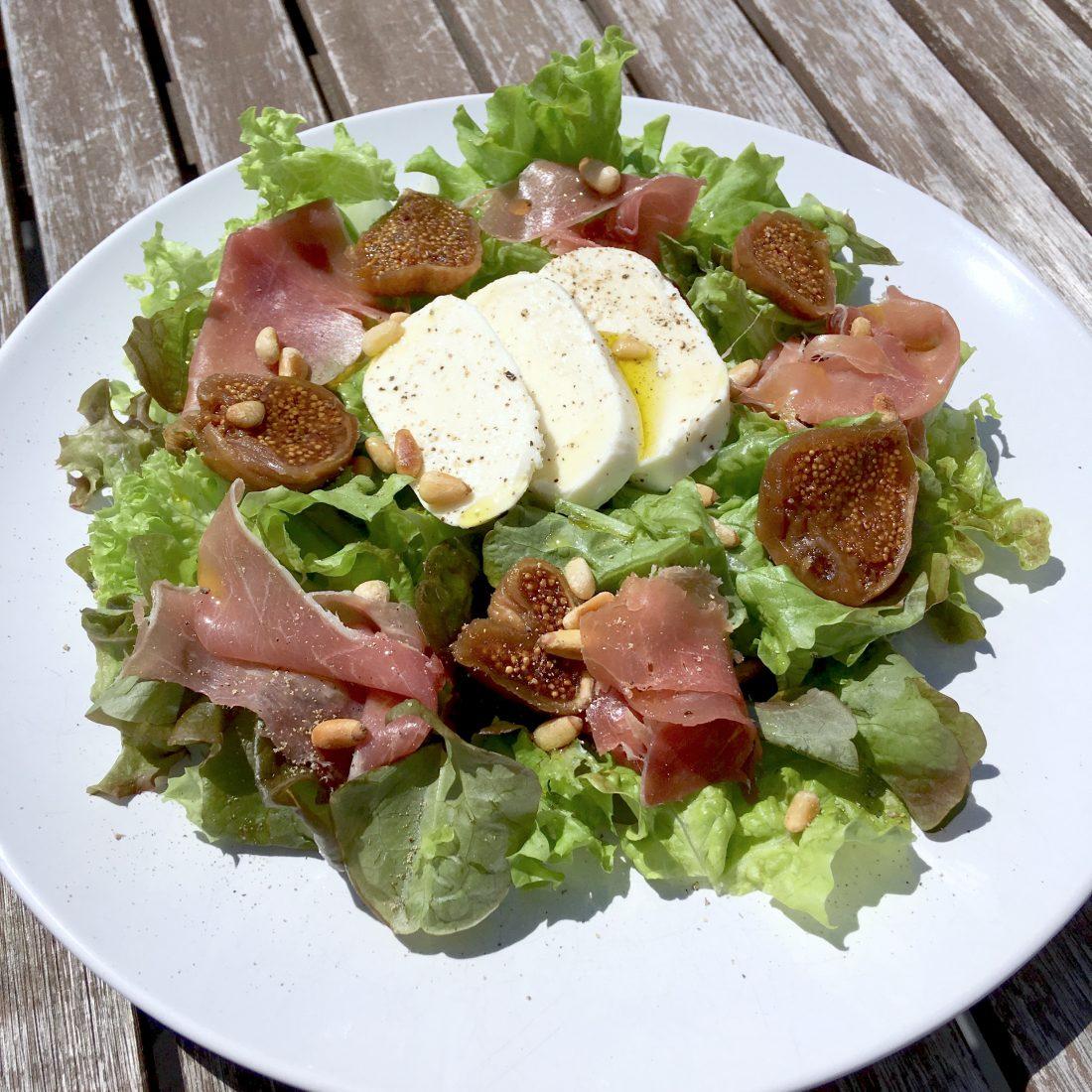 Figs prosciutto mozzarella summer salad 2